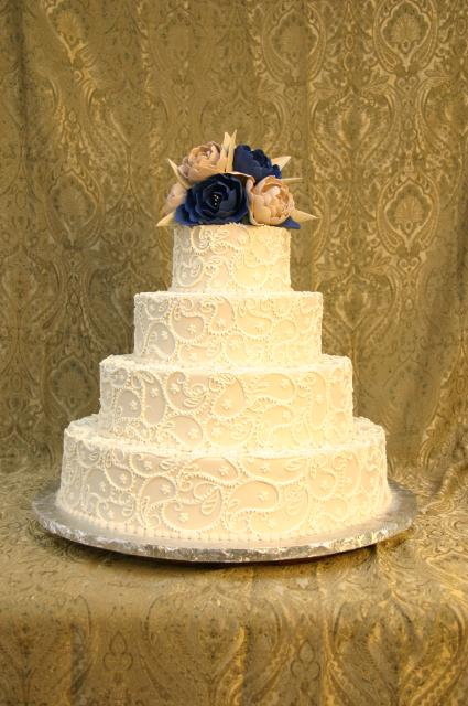 Looking to have the most beautiful and original Wedding cake anyone has seen